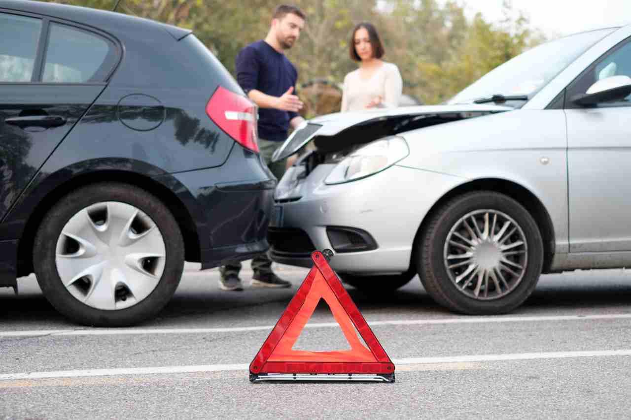 Allarme Rc Auto: le assicurazioni vogliono rivedere il bonus-malus (Foto Adobestock)