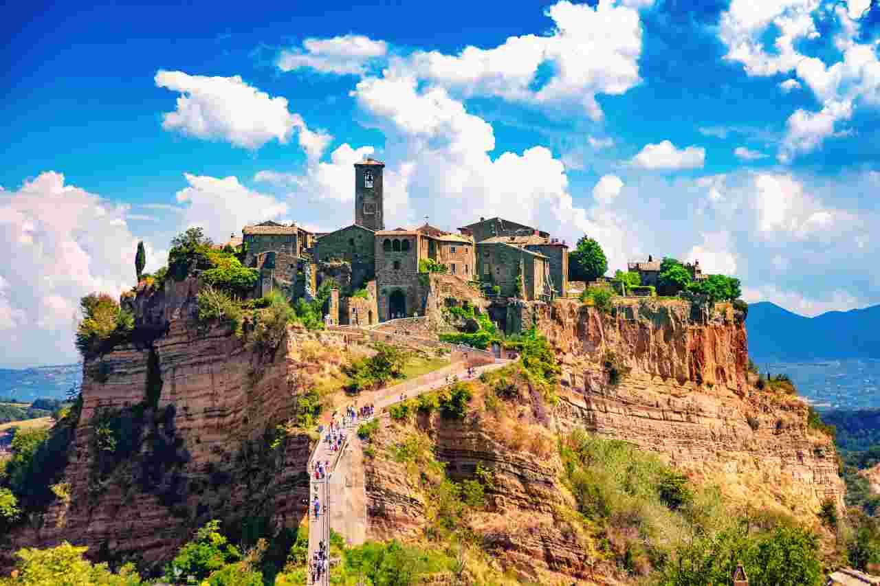 Notti in omaggio ai turisti che visiteranno il Lazio (Foto Adobestock)