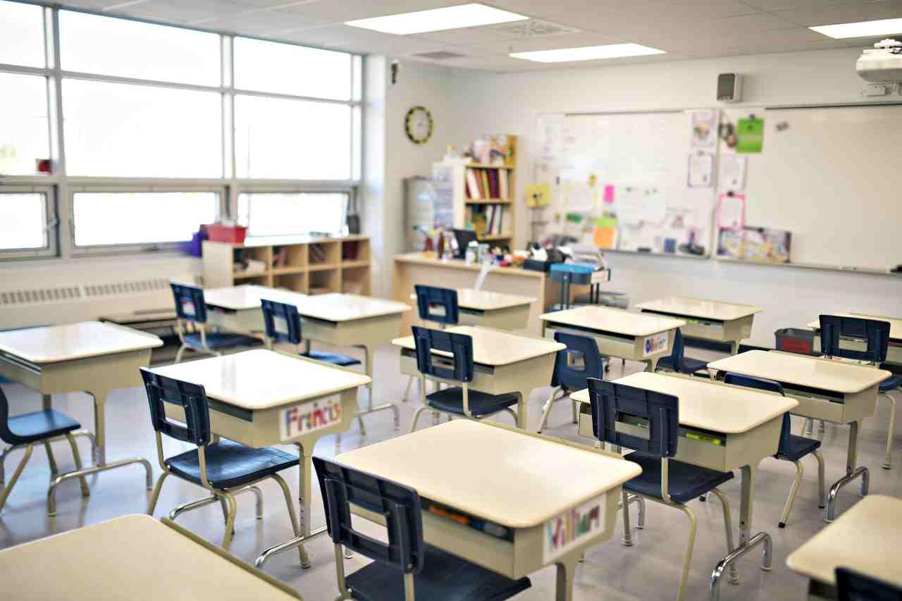 Al via i concorsi per la scuola (foto Adobestock)