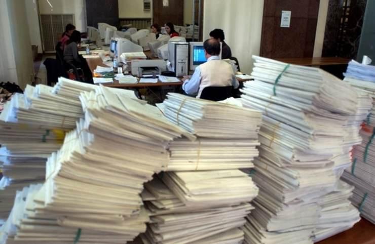 danni economici della burocrazia