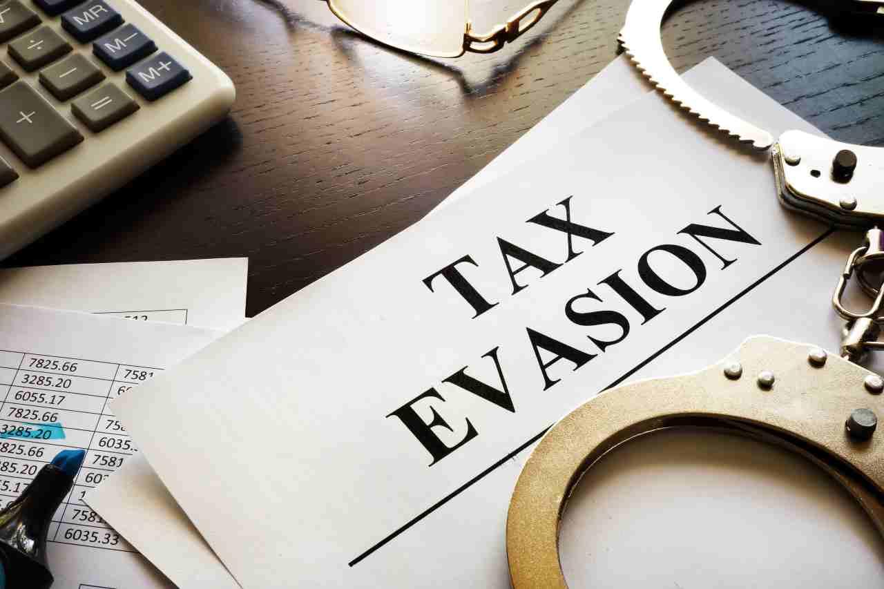 evasione fiscale (foto Adobestock)